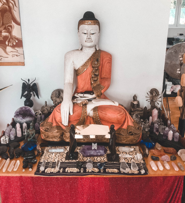 Ajna_light_consciousness_buddha_Master_of_love_and_life_HS_white_rabbit_student_of_love_and_life