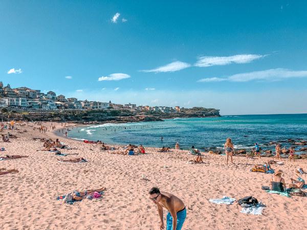 australia_roadtrip7_Bondibeach_byronbay_spiritfestival_2018_surfersparadise_Australia_oz_beach_HSP_highly_sensitive_Student_of_love_and_life_master_of_love_and_life_HS_white_rabbit
